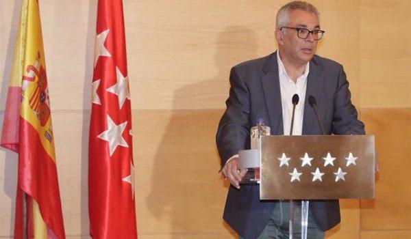 Entrevista a Carlos Izquierdo, diputado y secretario general del PP en la Asamblea de Madrid.