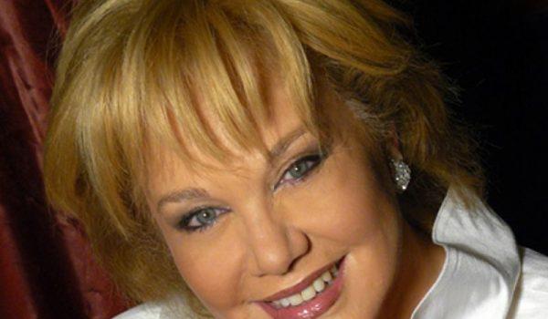 Lunes 28 sept. Entrevista a Karina a las 9.30 hr en Vivir en Madrid.